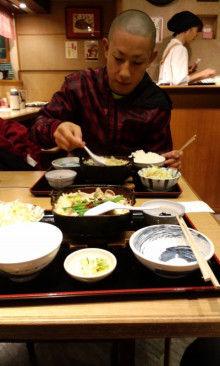 沖縄イケメントレーナー「ムエカオ」のブログ-101122_1419~01.jpg
