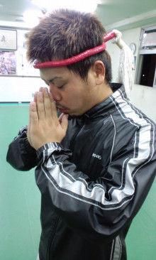 沖縄イケメントレーナー「ムエカオ」のブログ-101201_1854~01.jpg