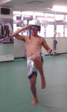 沖縄イケメントレーナー「ムエカオ」のブログ-091128_1702~01.jpg