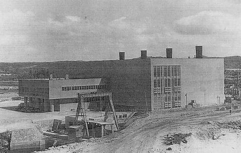 牧港火力発電所