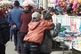 陝北32_楡林(米脂)_カメラに興味津津