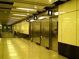 06地下鉄の駅のトイレ