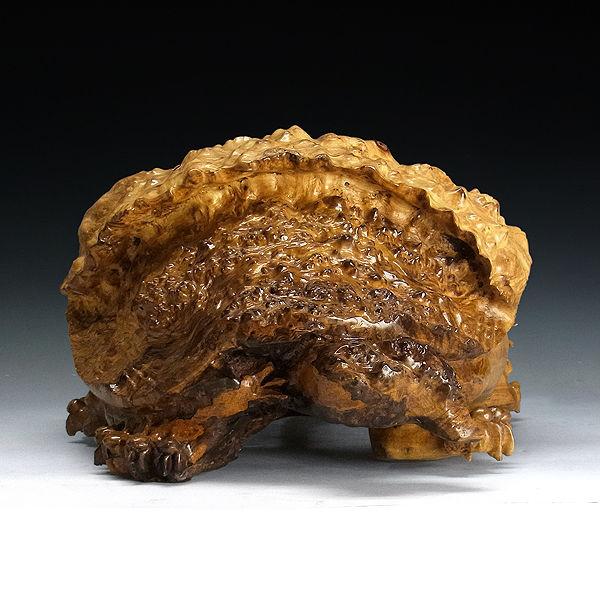 黄金楠 木彫りの龍亀(ロングイ) 高27×奥45cm (販売・木彫り)