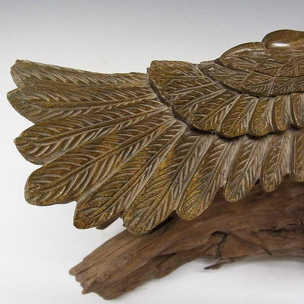 緑檀(リョクタン) 木彫りの鷹 幅55×高さ36cm (販売・木彫り)