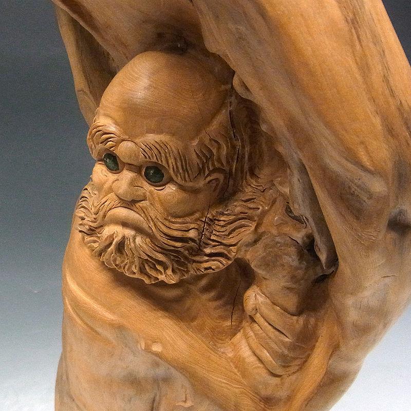 楠/樟(クス) 木彫りの達磨大師 高さ:82cm (販売・木彫り)