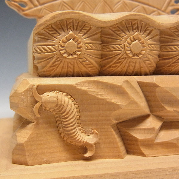 桧/檜(ヒノキ) 三面大黒天 高さ:24cm (販売・木彫り)