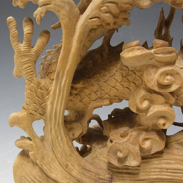 【特別プライス】柘植 細工彫り双龍 ガラスケース付き 53.5cm (アウトレット・訳あり)