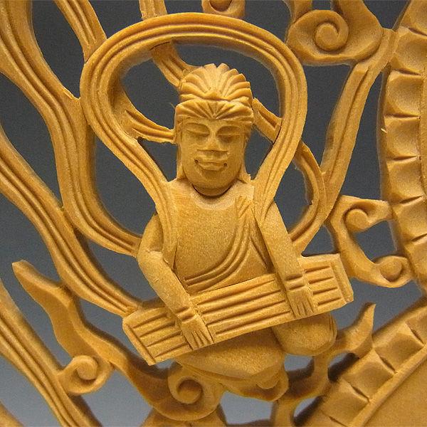 【特別プライス】柘植/黄楊(ツゲ) 大日如来 (飛天光背) 高さ:30cm 真言宗 お仏壇向け本尊 (販売・木彫り)