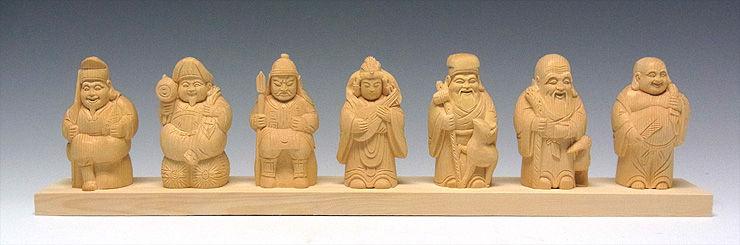 桧/檜(ヒノキ) 七福神 高11横44cm (販売・木彫り)