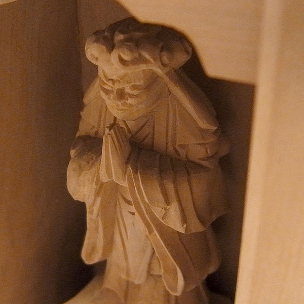木曽桧/檜(きそひのき) 厨子入り本尊・鬼子母神 高さ:12cm 【国内仏師作品】 (販売・木彫り)