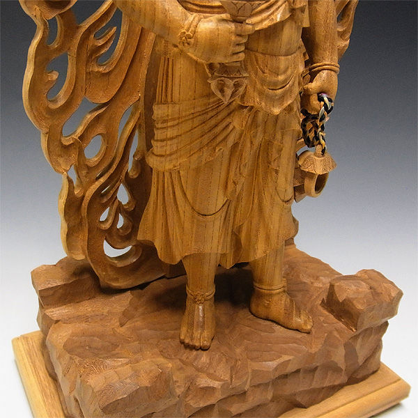欅(ケヤキ) 不動明王立像 高さ:50cm (販売・木彫り)