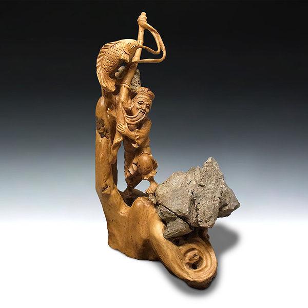 楠/樟(クス) 石かみ 漁夫 高さ:63cm (販売・木彫り)
