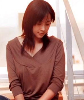 坂井泉水さんの肩