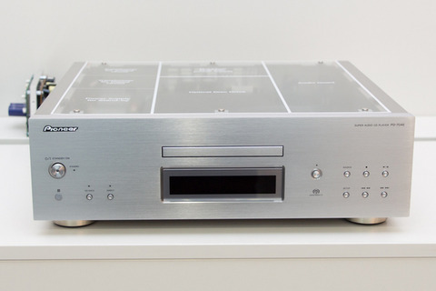 Pioneer_PD-70AE