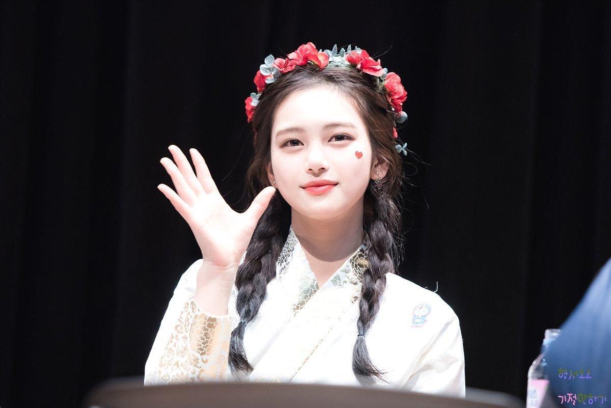 韓国に14歳の超絶美人がいるんだがお前らどうすんの?