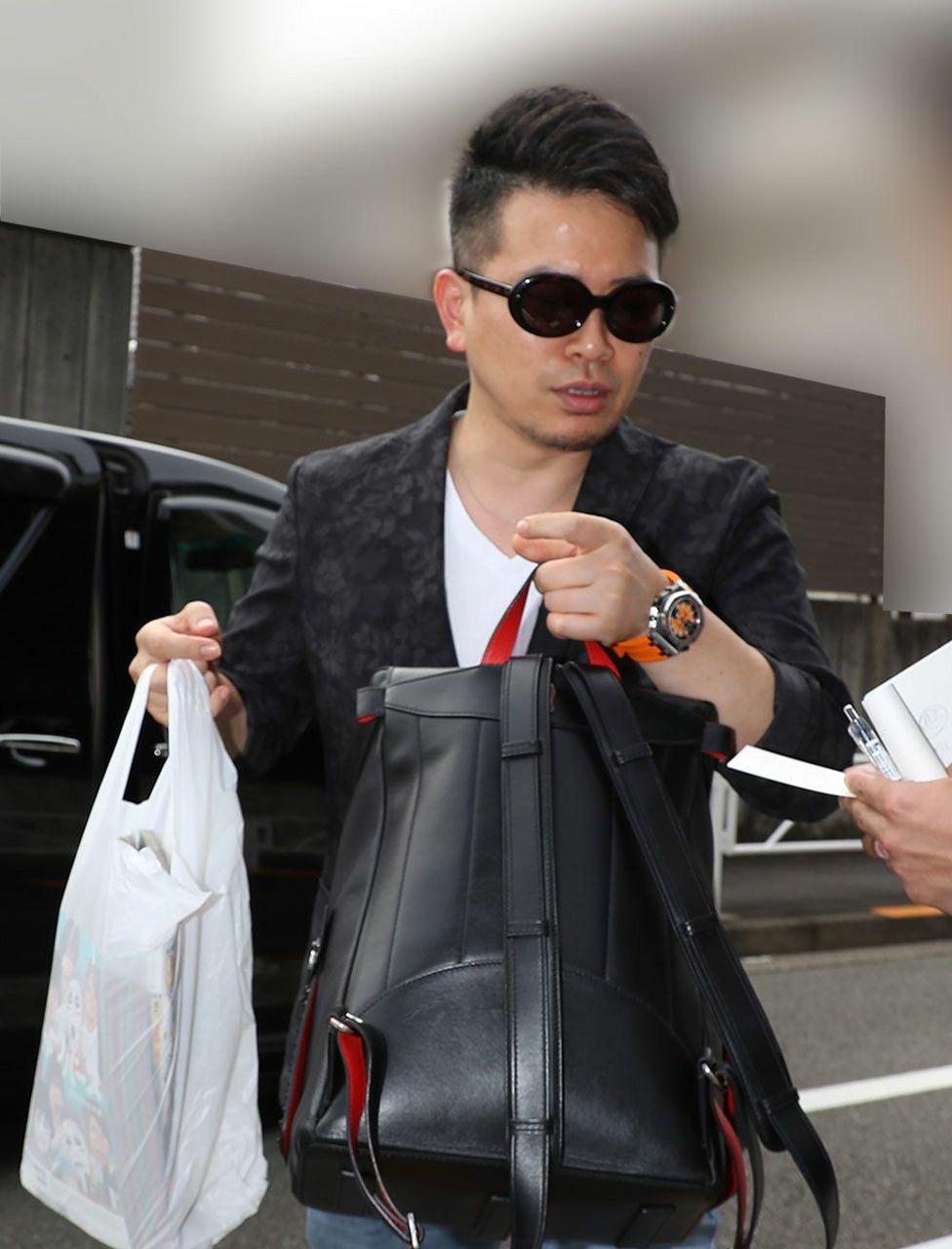 闇芸人の宮迫博之さん、高級腕時計(オーデマピゲ450万)を付けてて反省してないと判明