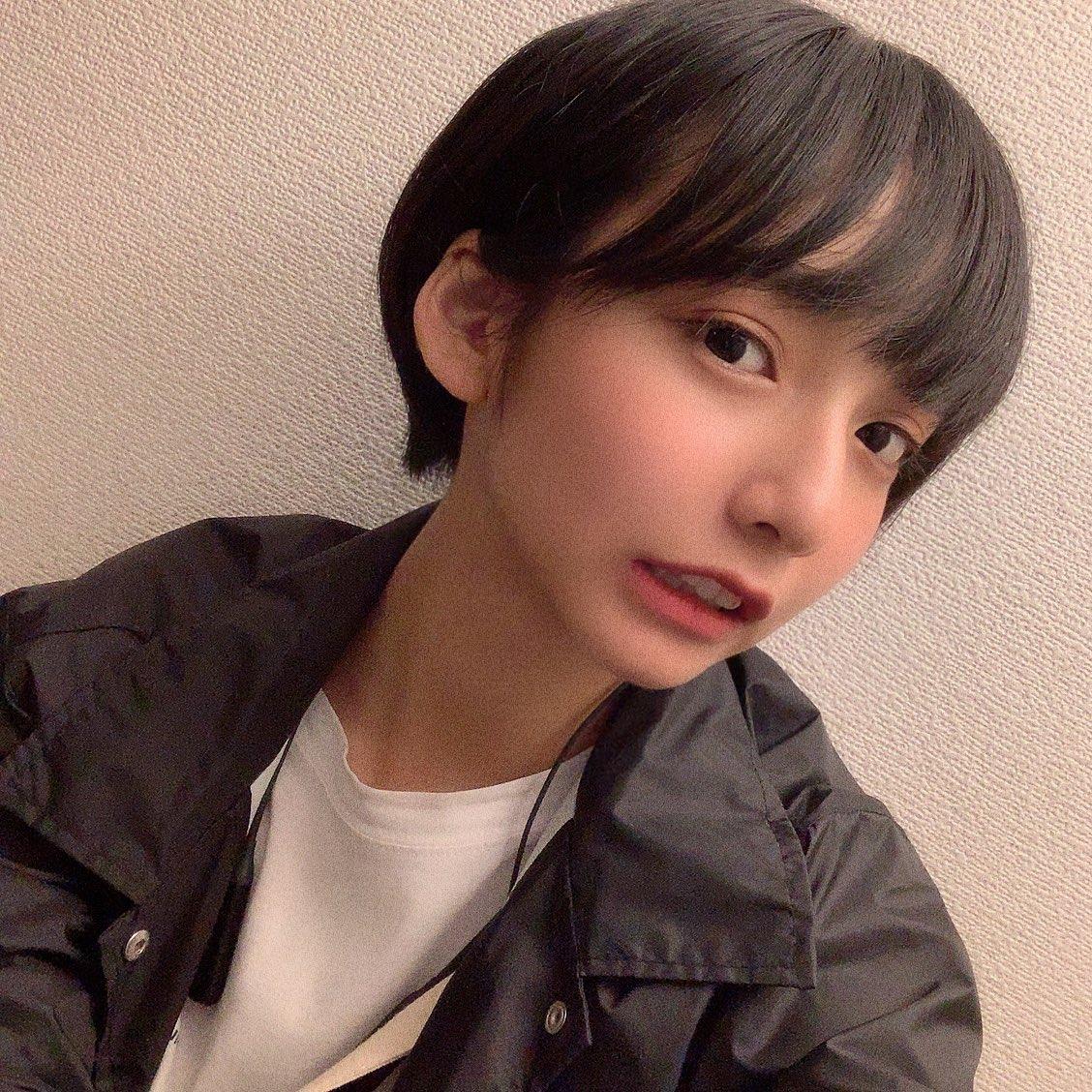 【画像】宇垣美里さん、髪をバッサリショートにイメチェン