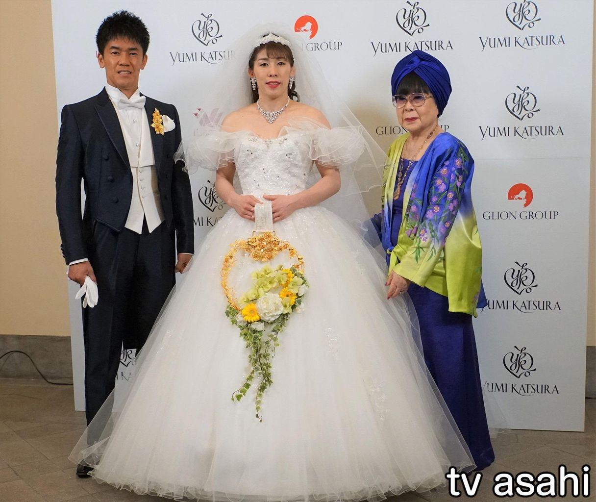 """""""花嫁""""吉田沙保里さん、ウエディングドレスに「光栄なこと」"""