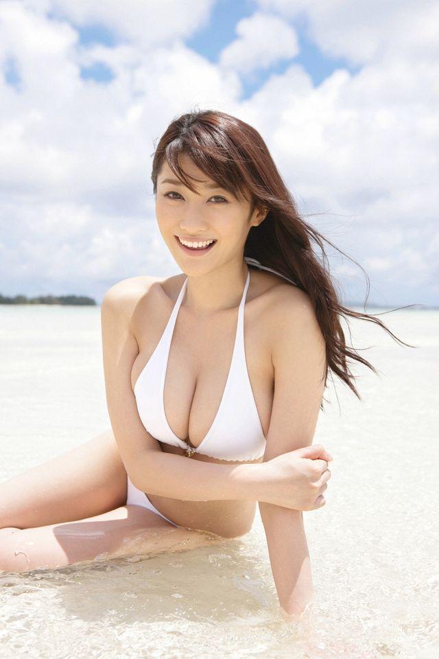 【悲報】爆乳グラドル原幹恵さん、海外留学から帰ってこない