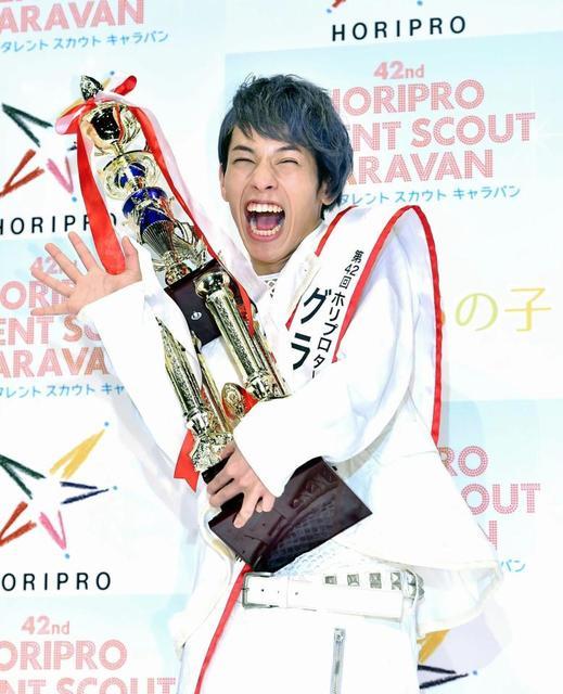 ホリプロスカウトキャラバン男性が初GP!沖縄出身・定岡遊歩さんに栄冠