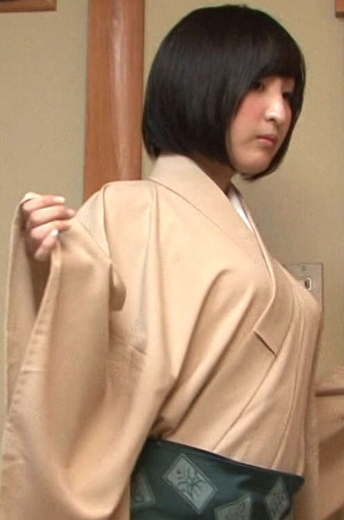佐倉綾音さんという、人気◎顔◎胸〇頭◎な声優wwww