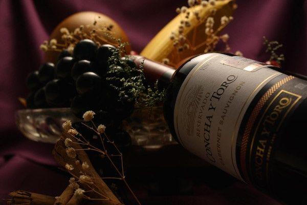 """【THE・セレブ】神田うの、平日昼間から豪華すぎる""""ワインパーティー""""を開催して賛否両論"""