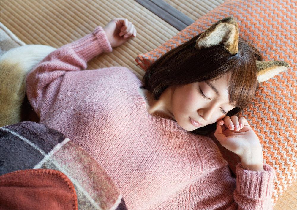 吉岡里帆さんの寝顔が可愛すぎると話題、「あざとい」の声を吹き飛ばす