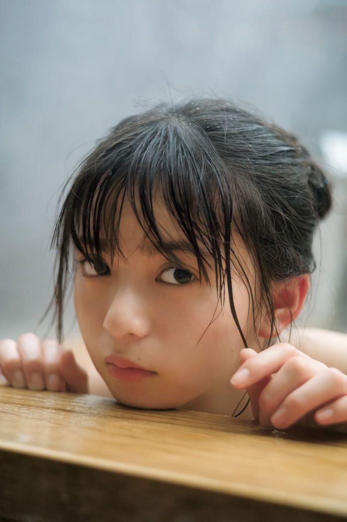 【きゃわ♪】乃木坂46・齋藤飛鳥が「ヤンジャン」グラビアに登場! 温泉ショットでつるつる美肌披露