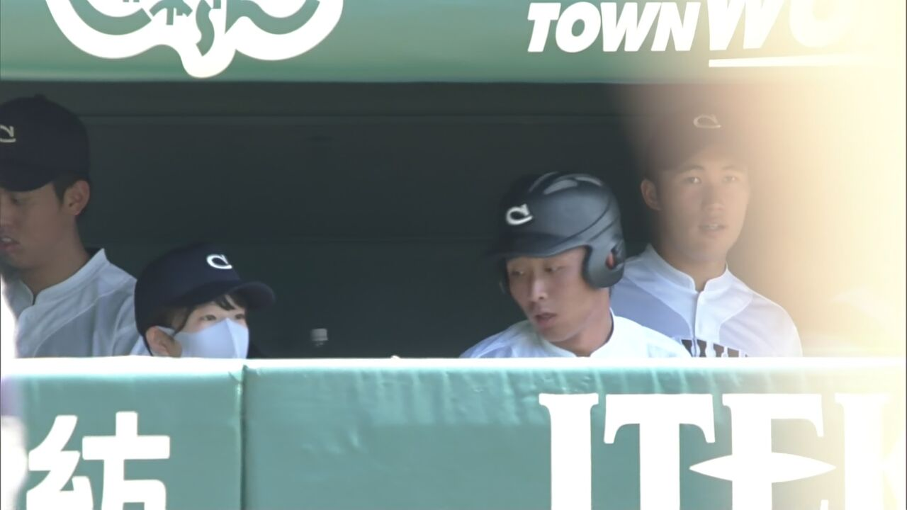 【悲報】野球部の美人マネージャーさんがマスクを取った結果