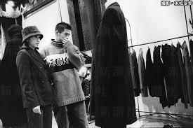 イチローが弓子に服を選んでもらってる時の写真ωωωωωωω
