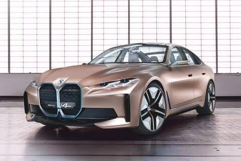 【悲報】BMWのデザイナーさん、とうとう狂ってしまう…