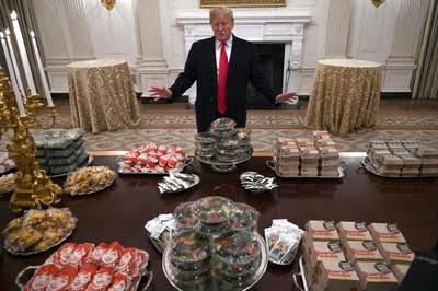 【朗報】トランプ大統領「ハンバーガー1000個用意したで」