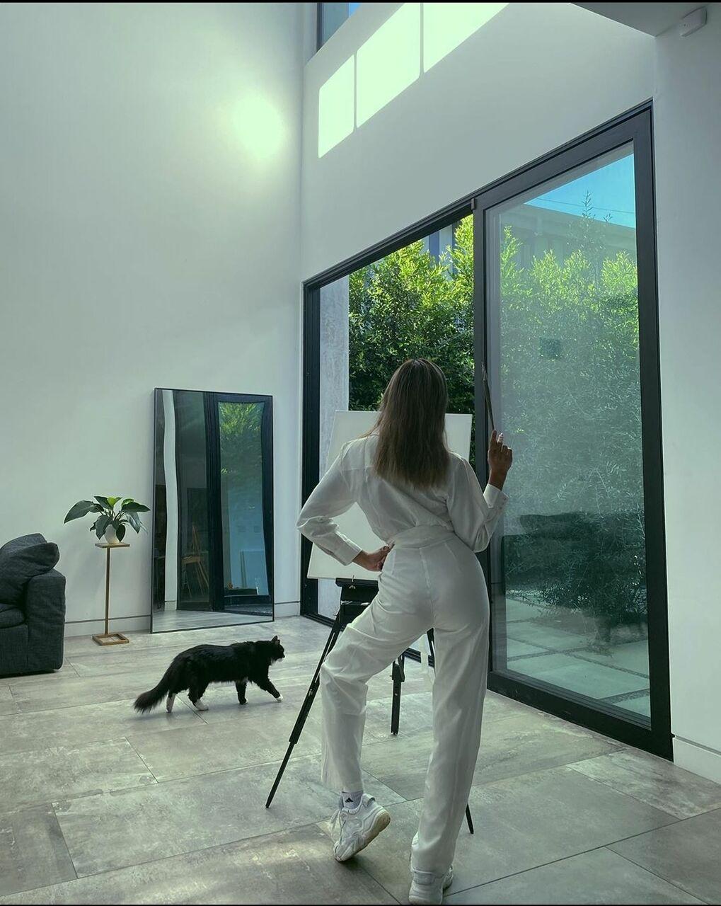 【悲報】ローラの家、でかすぎるwwwwwwwwwwwwwwwwwwwwwwwwwwwwwwwwwwwwwwwwwwwww