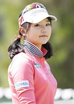 セキ・ユウティンとかいうイ・ボミを超えた美人女子ゴルファーを発見www(※画像あり)