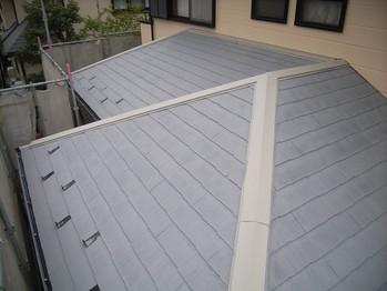 カラーベスト屋根塗装 下塗2回目終了