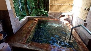 七滝温泉ホテル檜露天1
