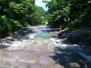 カムイワッカ湯の滝2