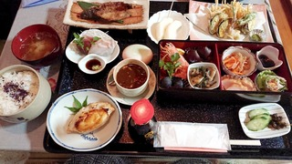 好山荘の夕食