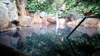 やまの湯露天木霊の湯2