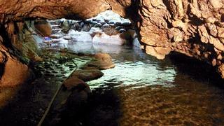 七滝温泉ホテル洞窟風呂2