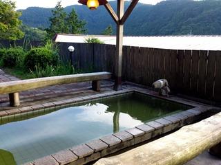 七里川温泉露天1