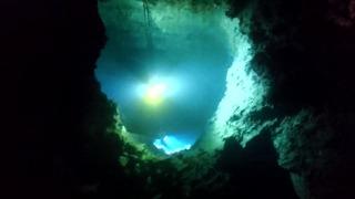 龍泉洞の地底湖3
