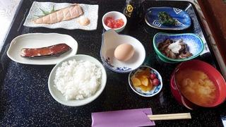 好山荘の朝食