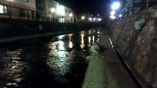 夜の清水川
