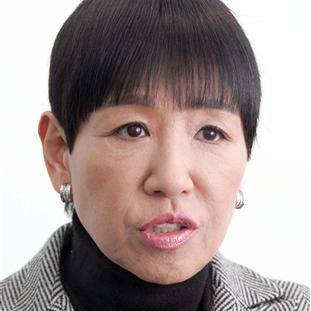 手術 和田アキ子 目