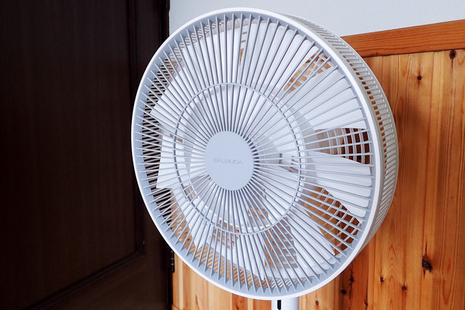 冬でも活躍する扇風機
