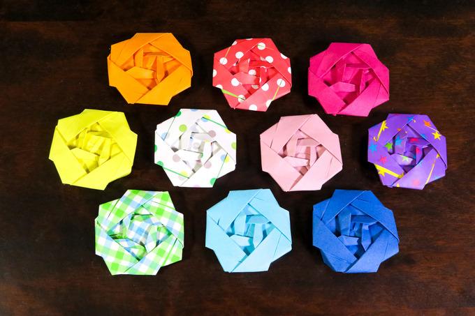 折り紙でバラを作る