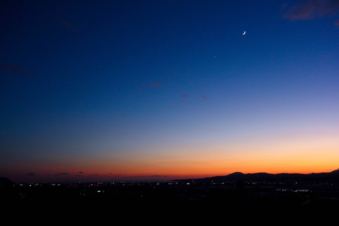 金星と月の接近日だったようですね