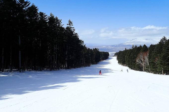 春の陽気になったスキー場