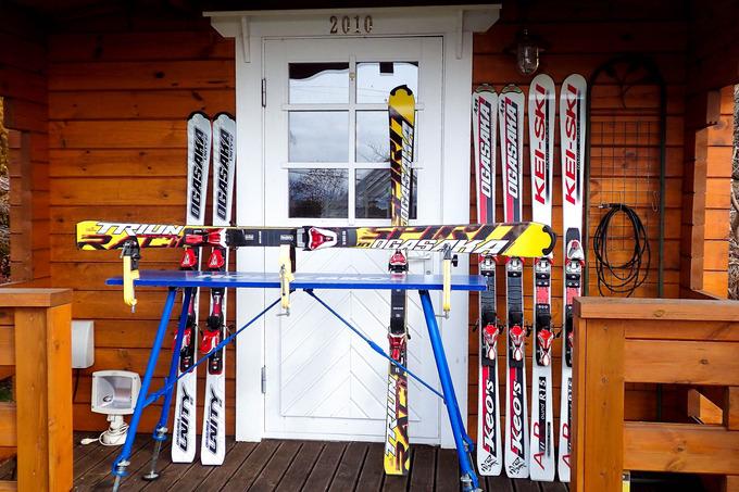 スキー板のチューンナップ